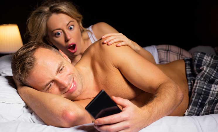 So, how to know if my boyfriend is cheating when texting