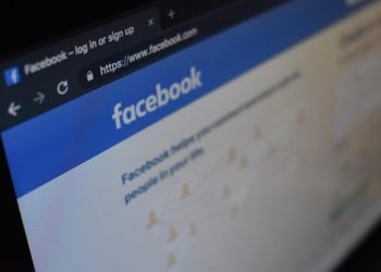 How to Track Someone on Facebook: Find Out All the Best Ways